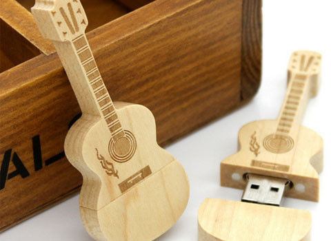 Guitar shaped USD 3.0 personalized flash drive gift with laser engraved logo
